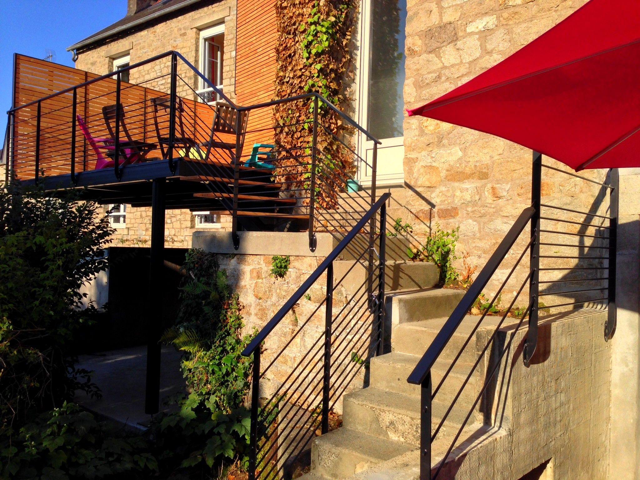 Terrasse suspendue - Garde-corps métallique - IPN - décoration ...