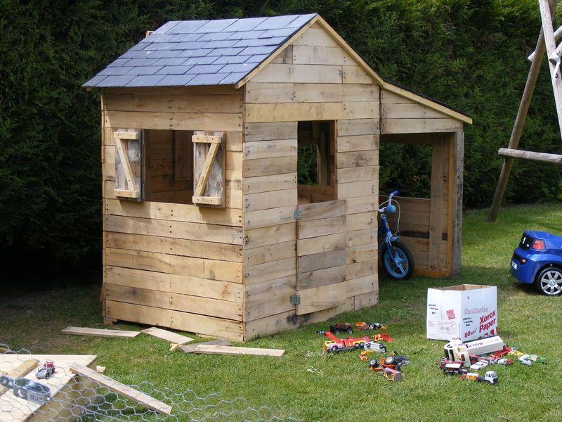 Cabane En Bois De Palette  Bidules  Bouilles  Construction