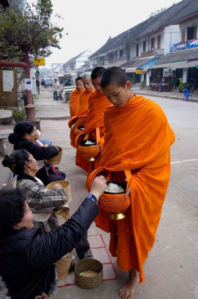 Monges em Luang Prabang