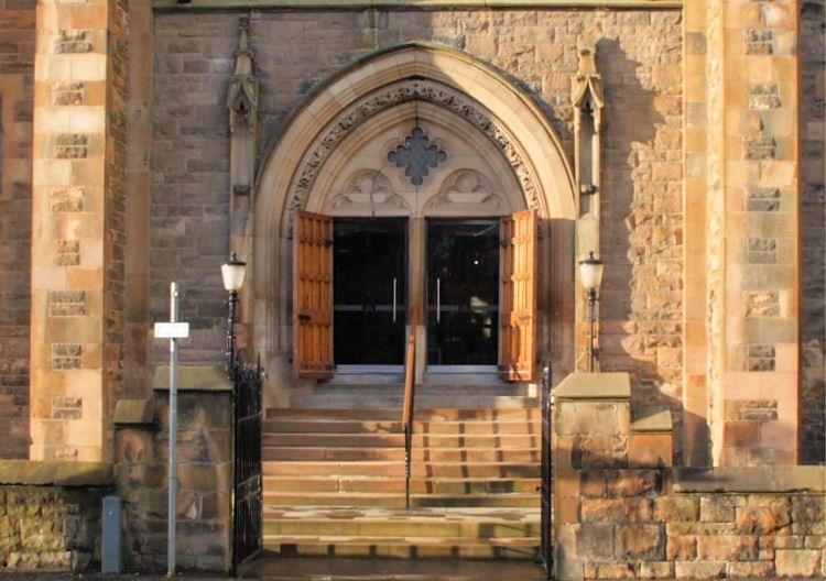 Entrance to Cathcart Trinity Church