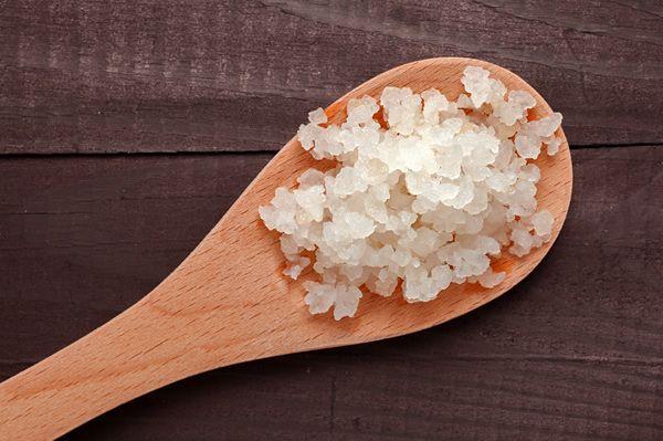 Kefirkristalle: Wasserkefir wird frisch angesetzt