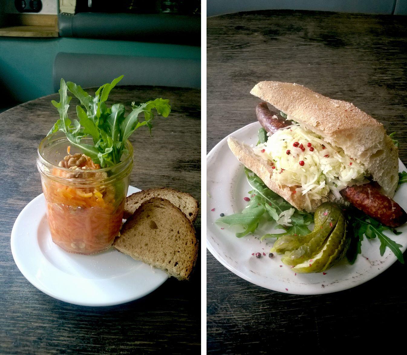 #karottensalat #berliner #hotdog #veggie #notveggie #würstchen #krautsalat #lecker #essen #bistro #berlin