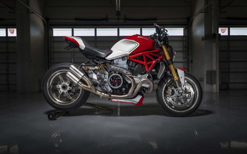 Wallpaper Ducati Monster 1200 Tricolore Motovation 2019 Ducati Monster Ducati Monstera