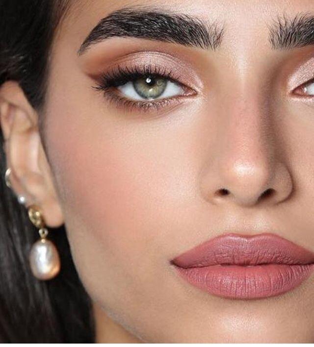 Photo of smokey eyes, bold lipstick, and nail art. Beautiful, natural makeup, makeup idea…