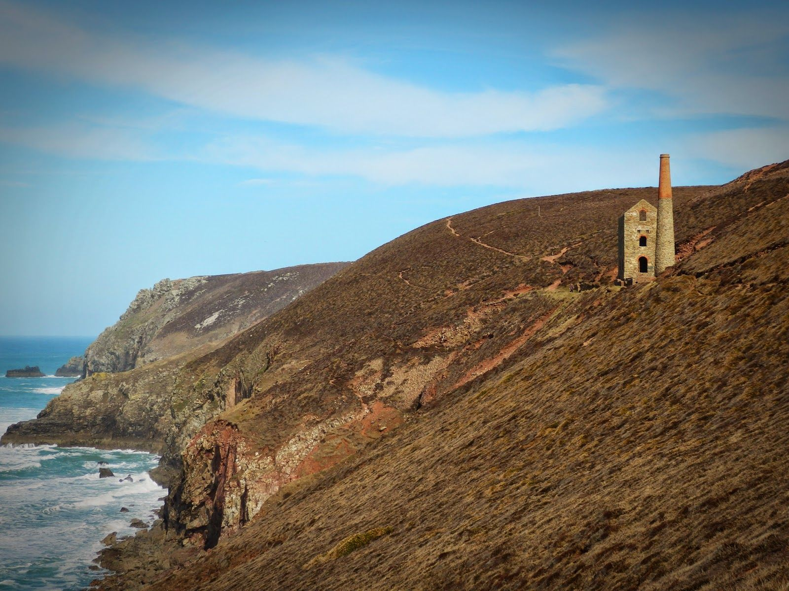 Wheal Coates Tin Mine Cornwall Walking Along The