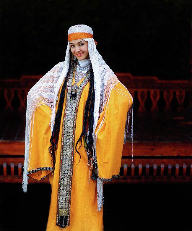 Таджикский национальный костюм фото мужской и женский