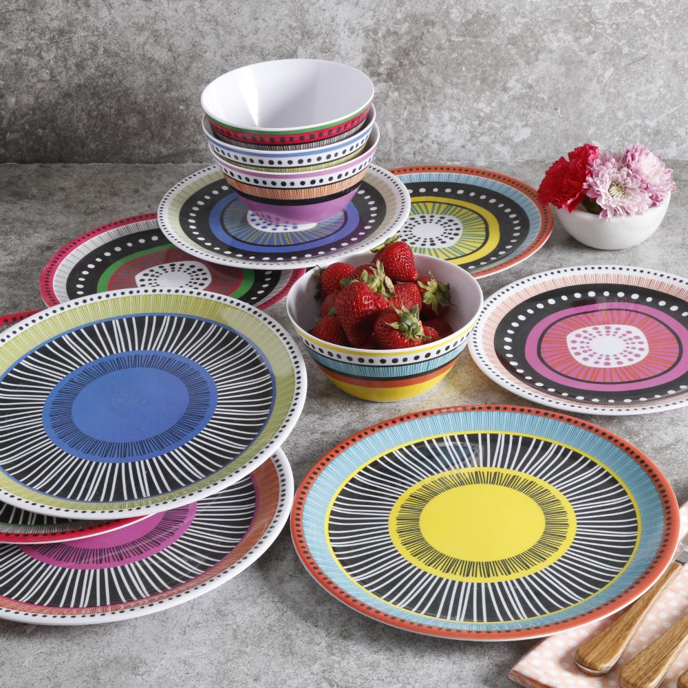 Add Color To You Table This Summer With These Gibson Home Almira Melamine Dishes Perfect For Outdoor E Dinnerware Melamine Dinnerware Sets Melamine Dinnerware