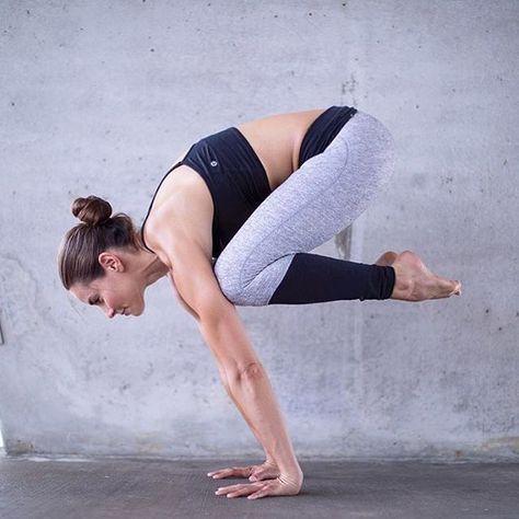 6 yoga poses to help you learn arm balances  yoga poses