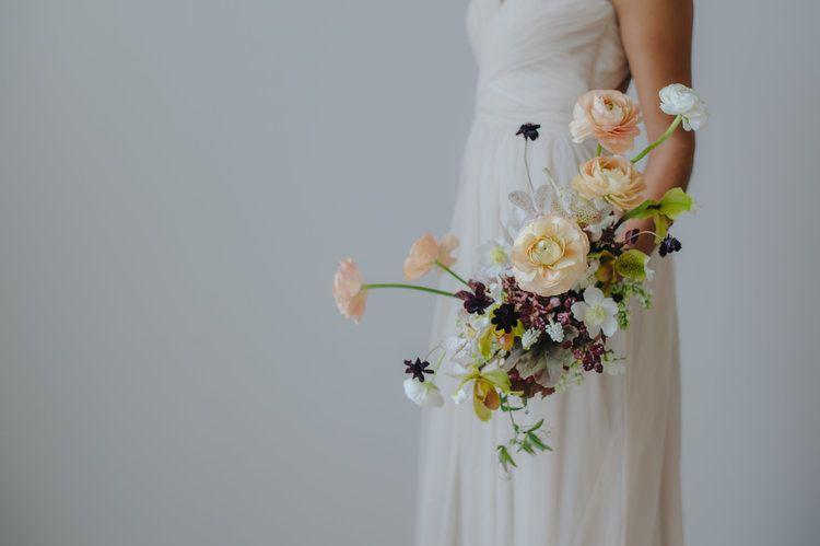 Shape Shifting Bouquet Floral Design Bridal Bouquet Wedding Flowers Floral Design Tutorials Floral Design Classes Diy Wedding Flowers Bouquet
