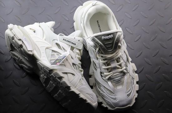 Balenciaga Track 2 Trainer Sneaker White Sneakers Sneakers White Balenciaga Shoes