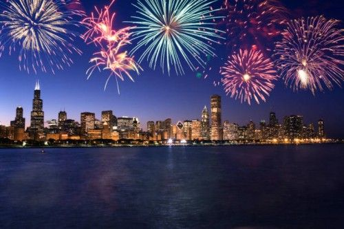 Celebrate The New Year In Chicago Chicago Fireworks Fireworks Chicago Skyline