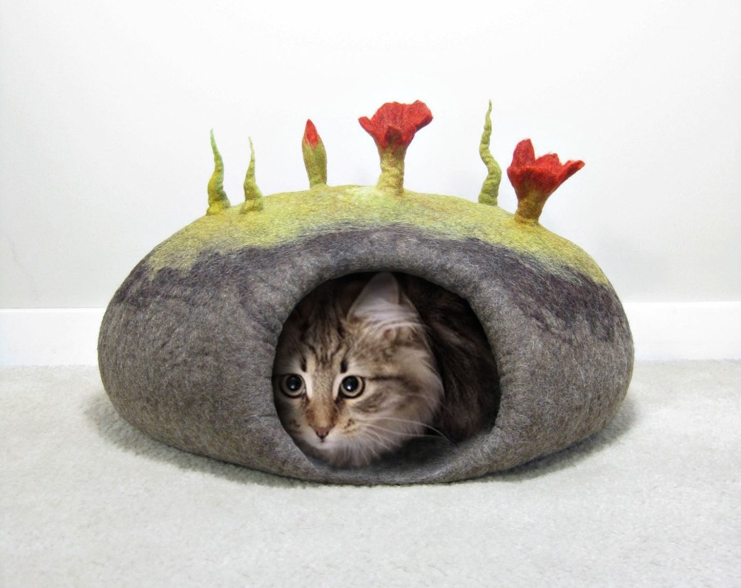 Felted Cat Bed / Cat Cave Pattern. Instant PDF Download