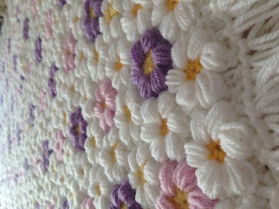 Crochet baby flower blanket, baby girl blanket, flower blanket ...