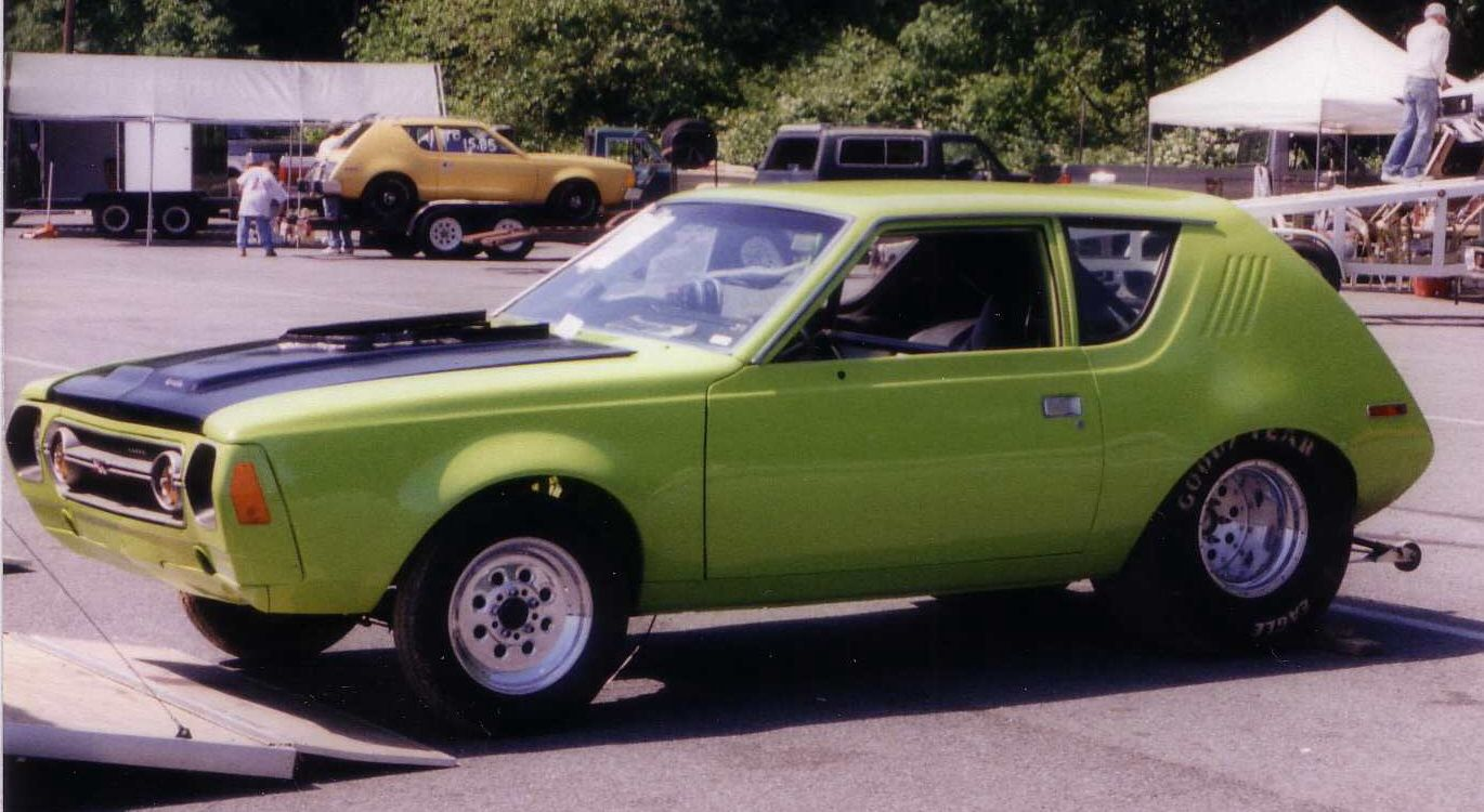 The 76 Gremlin Had Yellow One Like The One In The Background