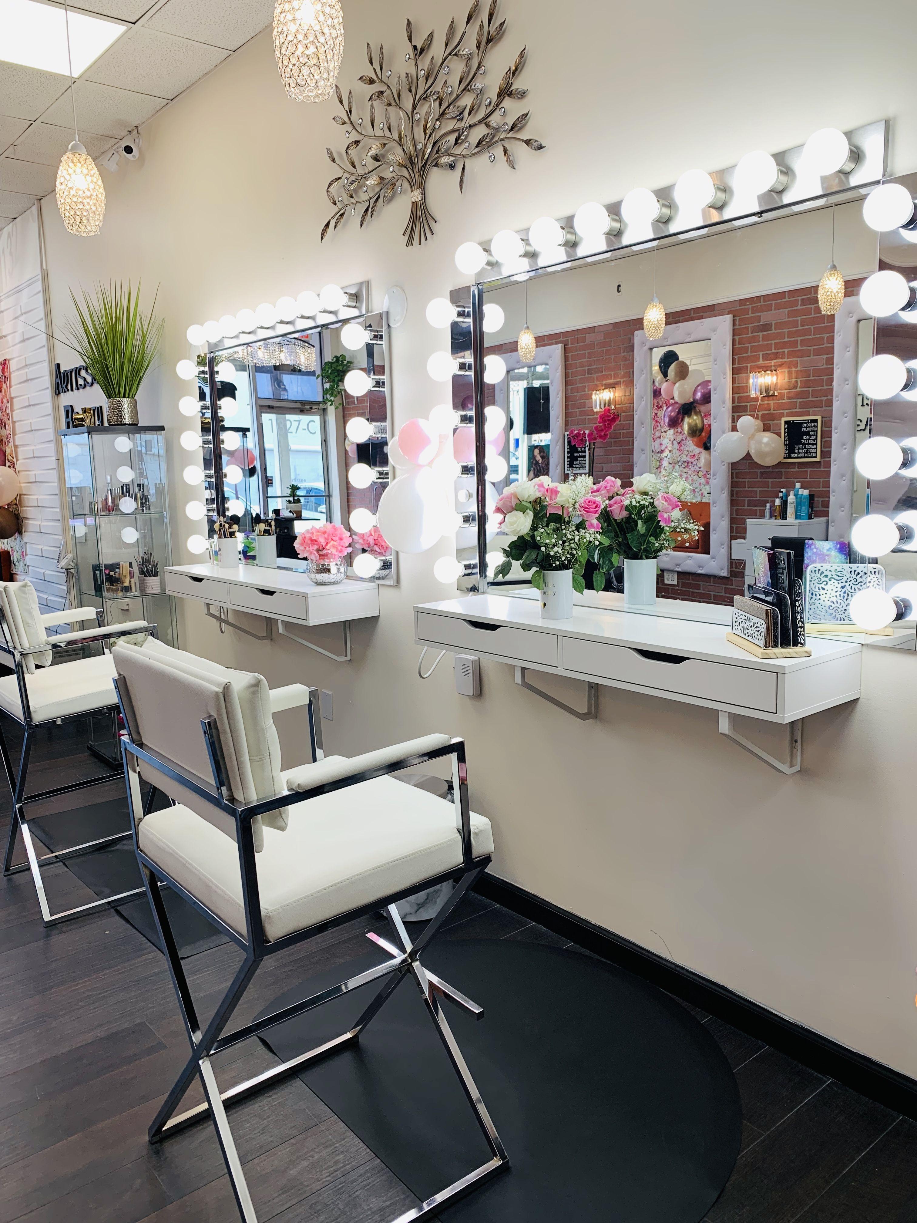 Makeup Studio Decor Salons Makeup Studio Decor In 2020 Makeup Studio Decor Makeup Room Decor Studio Decor