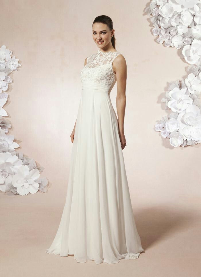 Wedding Dresses For 30 Year Olds Weddings