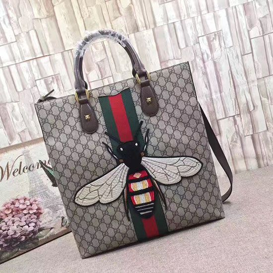 b461d5cfd23752 Web Animalier GG Supreme Tote with Bee 437549 | Gucci Tote Bags ...