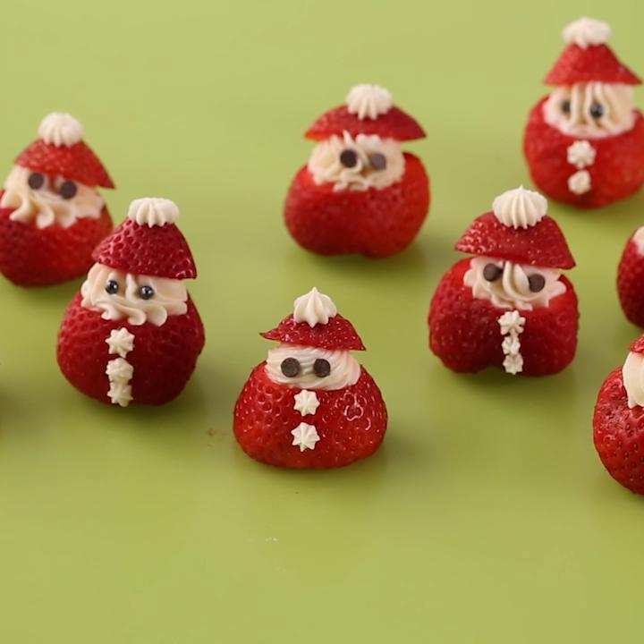 Santa Strawberries – Cute Christmas Dessert Recipe