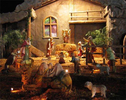 Santa's Theme Park in Phoenix, Arizona features a Fontanini nativity scene setup near the middle of the park! @Fontanini