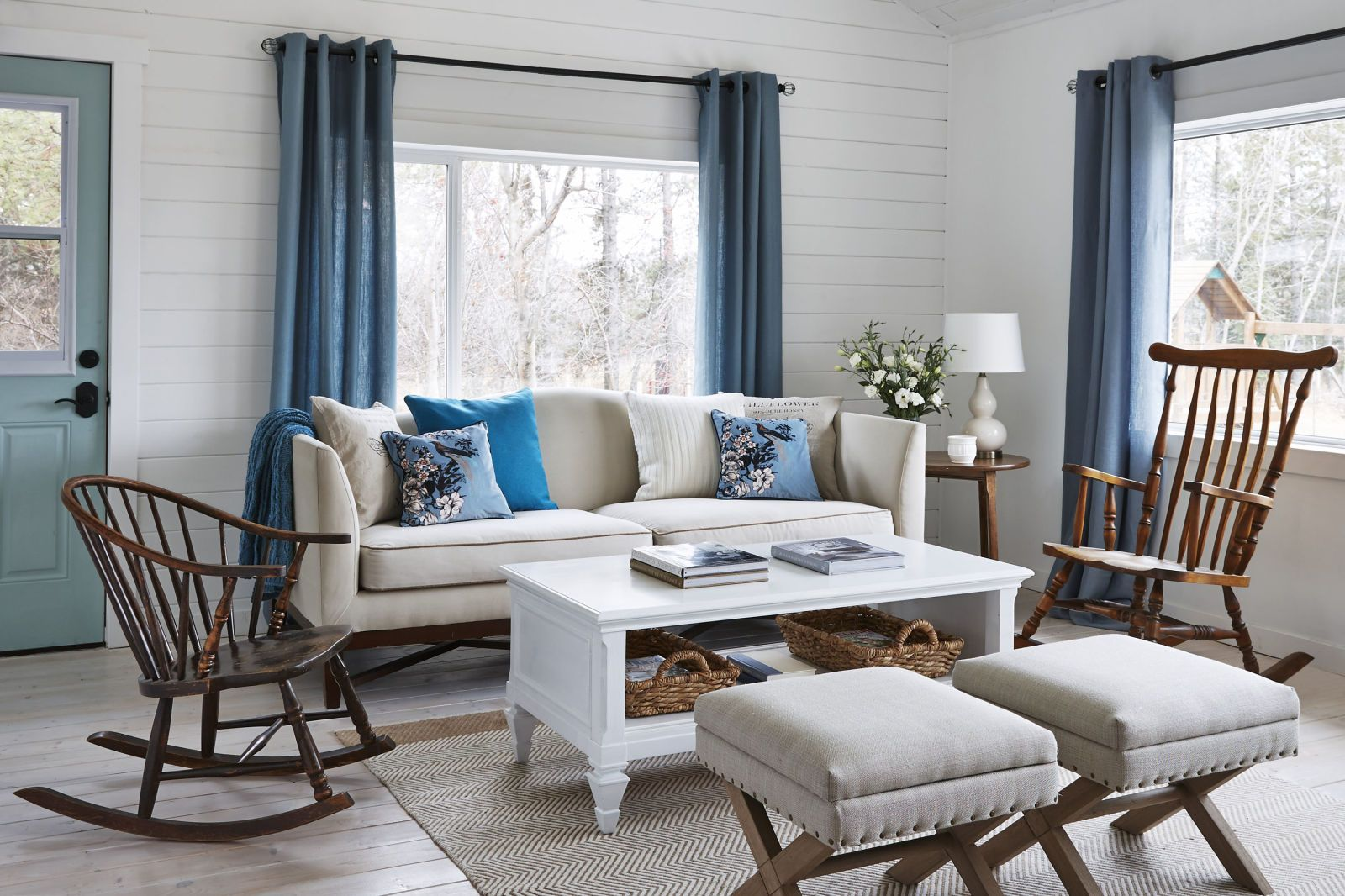 Mistakes Youure Making When Hanging Curtains  Hang curtains
