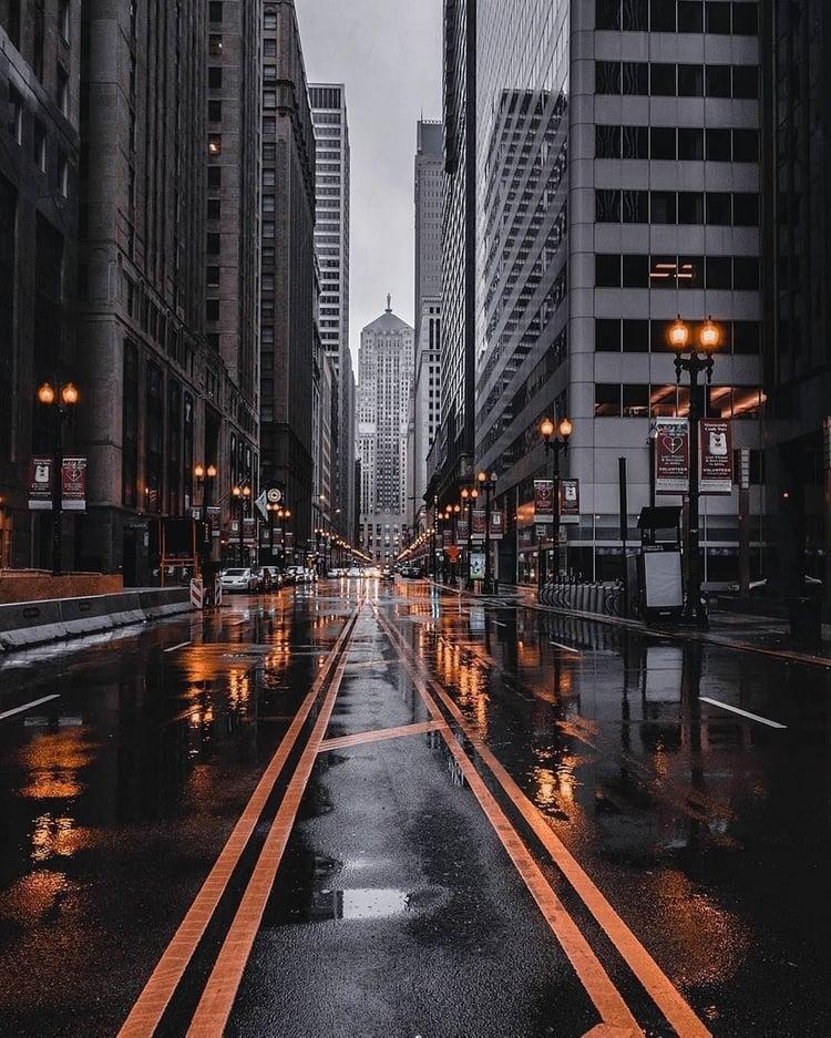 Urban City Streetview Nyc Rainy Days Underground Scene Unique Iphone Wallpaper City Aesthetic City Wallpaper