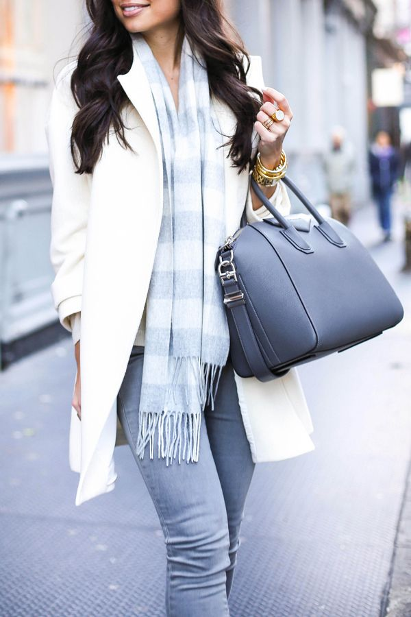 3d0b664f53d6 Ivory coat with grey skinny jeans and Givenchy bag | PRETTY IN ...