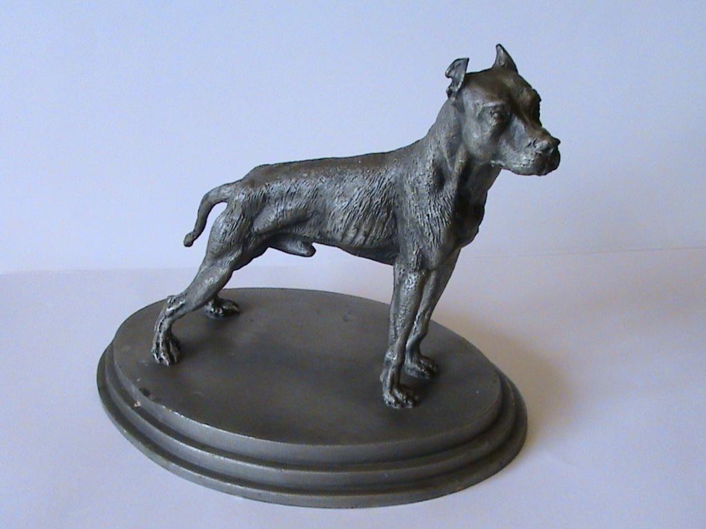 Kolekcjonerska Figurka Pies Rasowy Sygnowana With Images Data