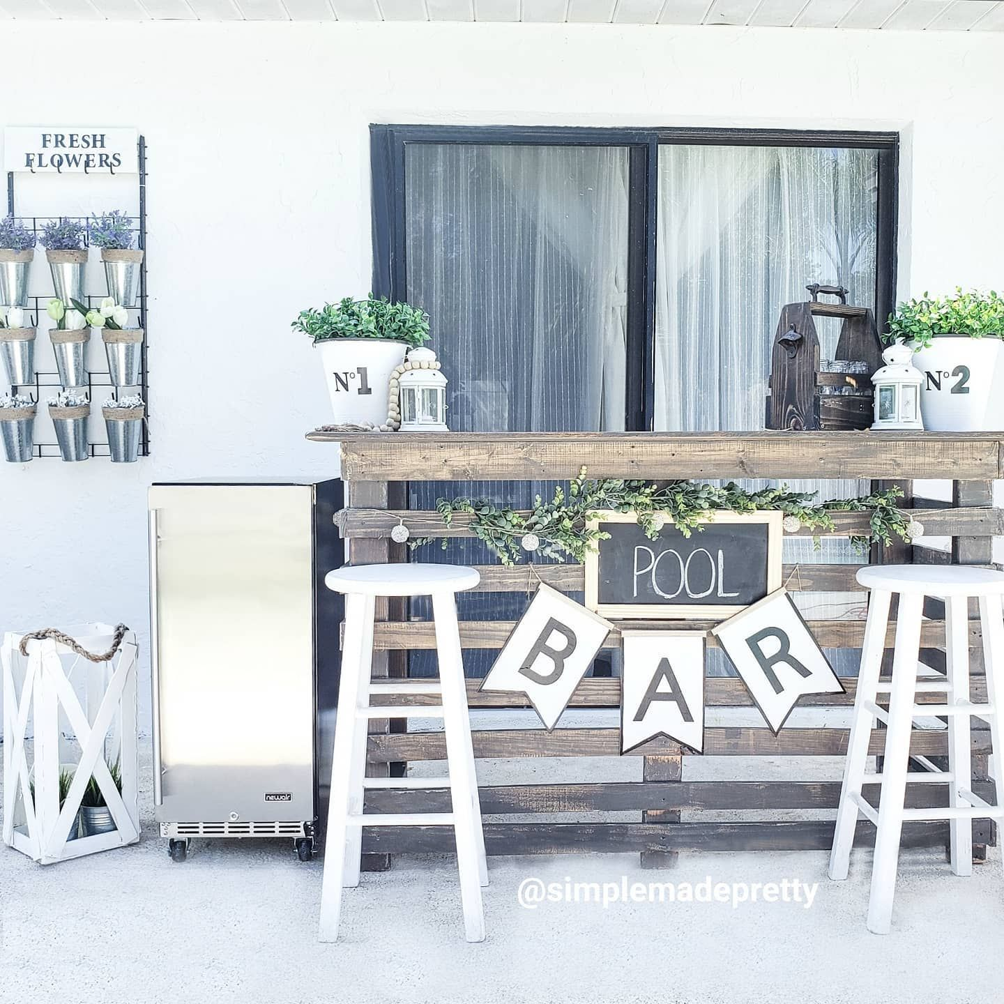 Outdoor Wedding Bar Ideas: Spending Another Weekend At Home....We'll Be By The Pool