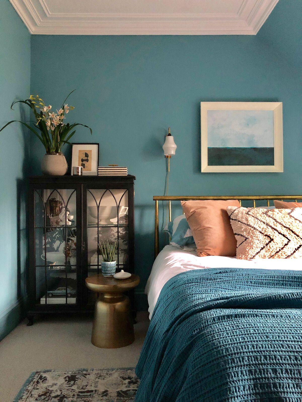 Polka dot blue bedroom images