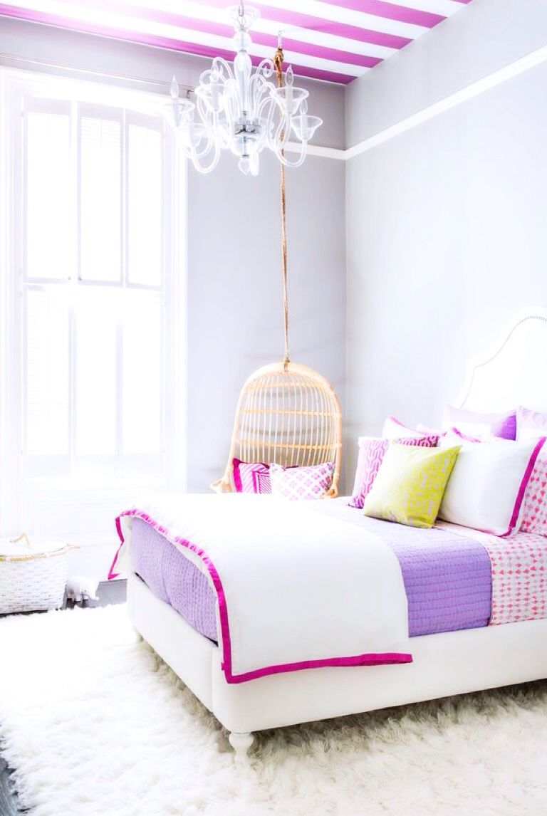 love the cleanliness of white with pops of pinks + purples