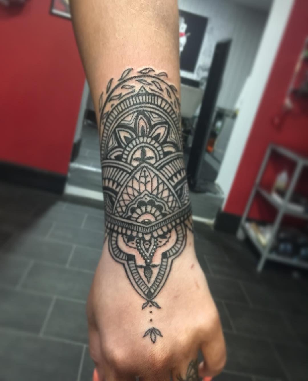 100 Wrist Tattoos Tattoo Ideas Wristtattoos Wrist Tattoos For Guys Tattoos Tattoos For Women