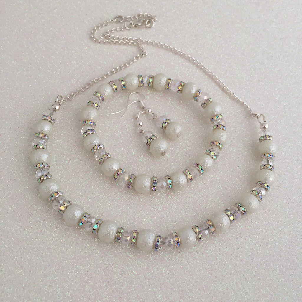 White 3 piece jewellery set