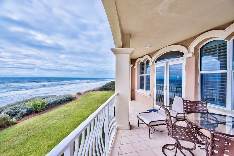 30a Monterey Place Is A Beautiful 3 Bedroom 3 Bathroom Gulf Front Luxury Condominium Rental In 30a This Home Feat In 2021 Luxury Rentals Vacation Rental Luxury Condo