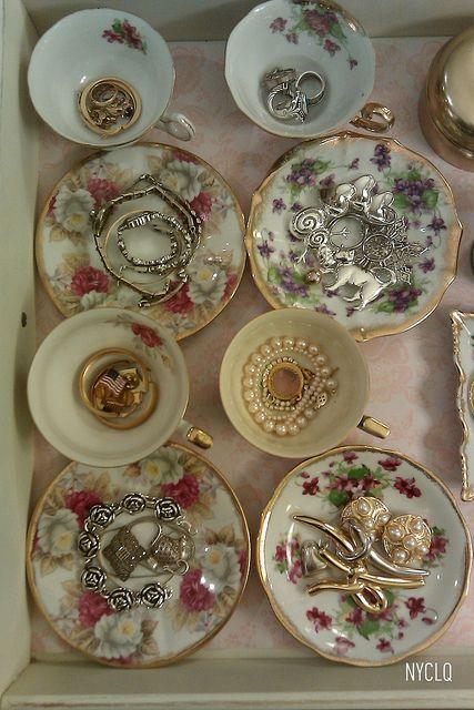 JEWELRY ORGANIZATION with heirlooom teacups & saucers | Flickr Lynda Quintero-Davids #FocalPointStyling