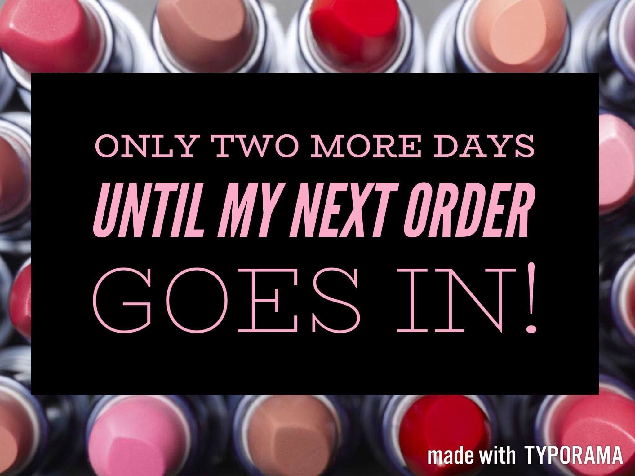 My next Avon order is going in on Wednesday 11/1! Contact