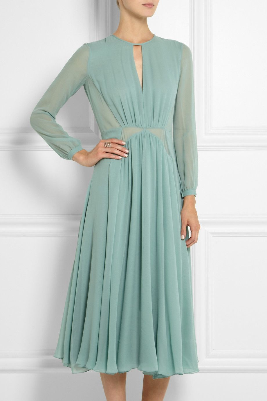 Pin by joey Sussman on OBLEKE in 10  Chiffon midi dress, Shifon
