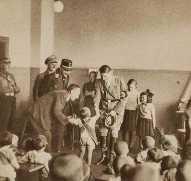 adolf hitler with children -