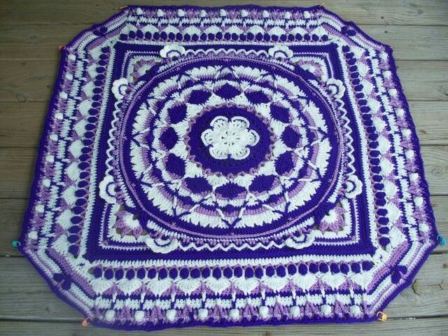 Sophie\'s Universe http://www.lookatwhatimade.net/crafts/yarn/crochet ...