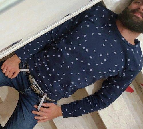 felpa modello girocollo  azienda berna  colore blue pois bianchi collezione natale 2015 tg disponibili s-m-l-xl-xxl prezzo originale € 74.00 % di sconto -20 prezzo aquilneshopping.it € 59.20 made in italy