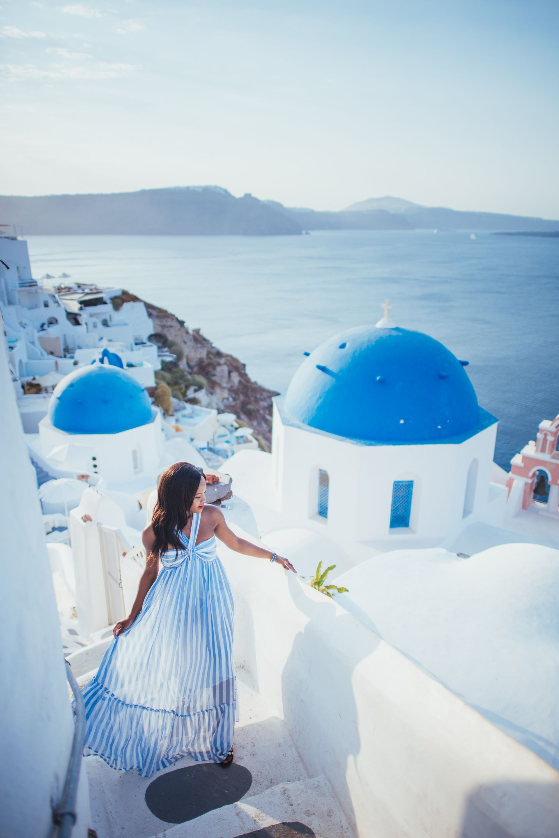 What to pack for a trip to Santorini, Greece. Santorini travel ...