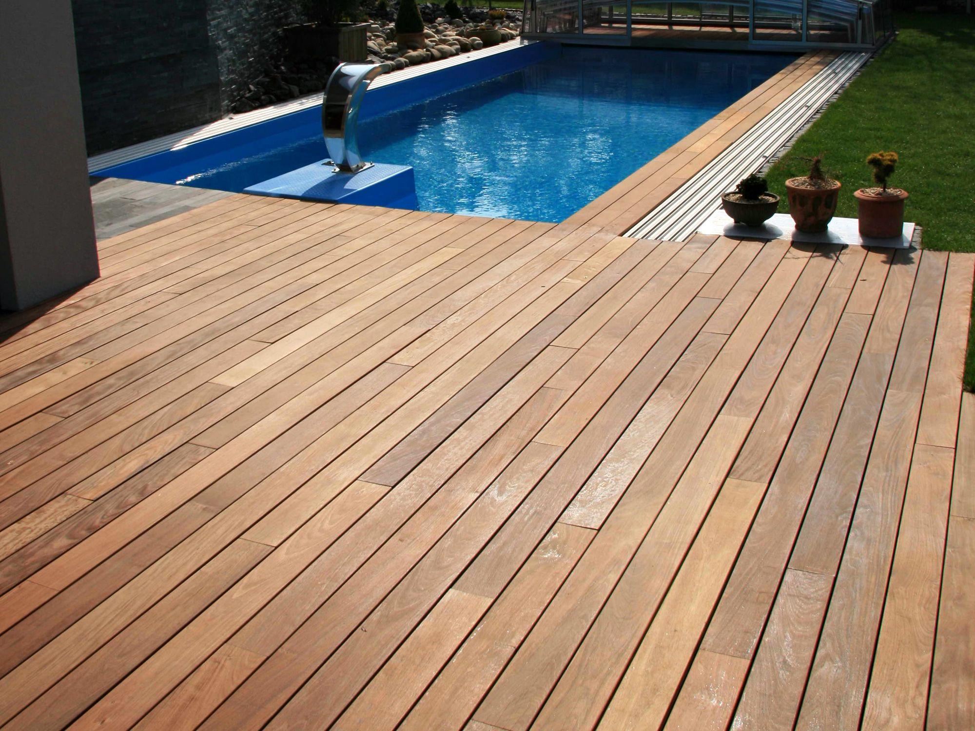 Terrasse und pool umrandung aus ipe terrassendielen von - Ideen poolumrandung ...