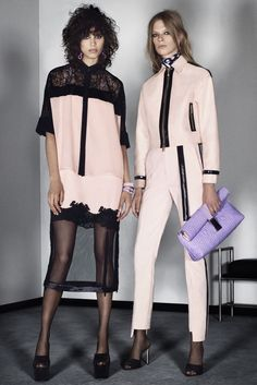 Versace Resort 2016 - Collection - Gallery - Style.com http://www.style.com/slideshows/fashion-shows/resort-2016/versace/collection/21
