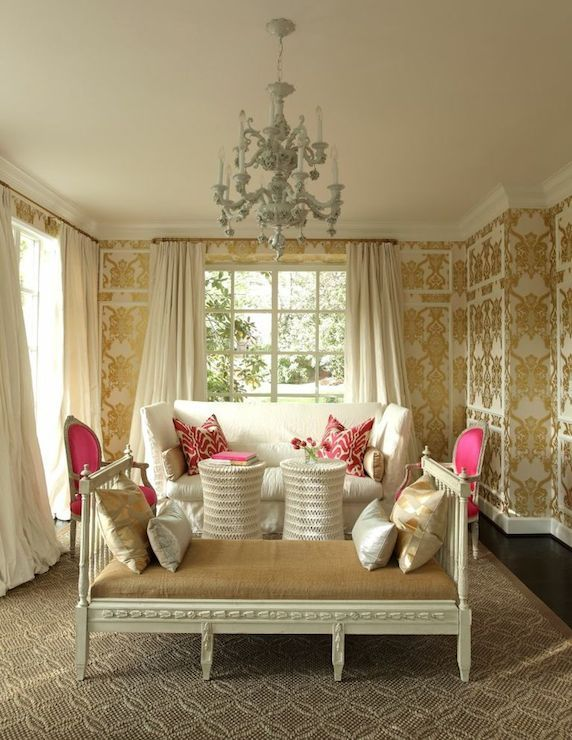 Living room gold damask wallpaper off white silk curtains for Gold wallpaper living room