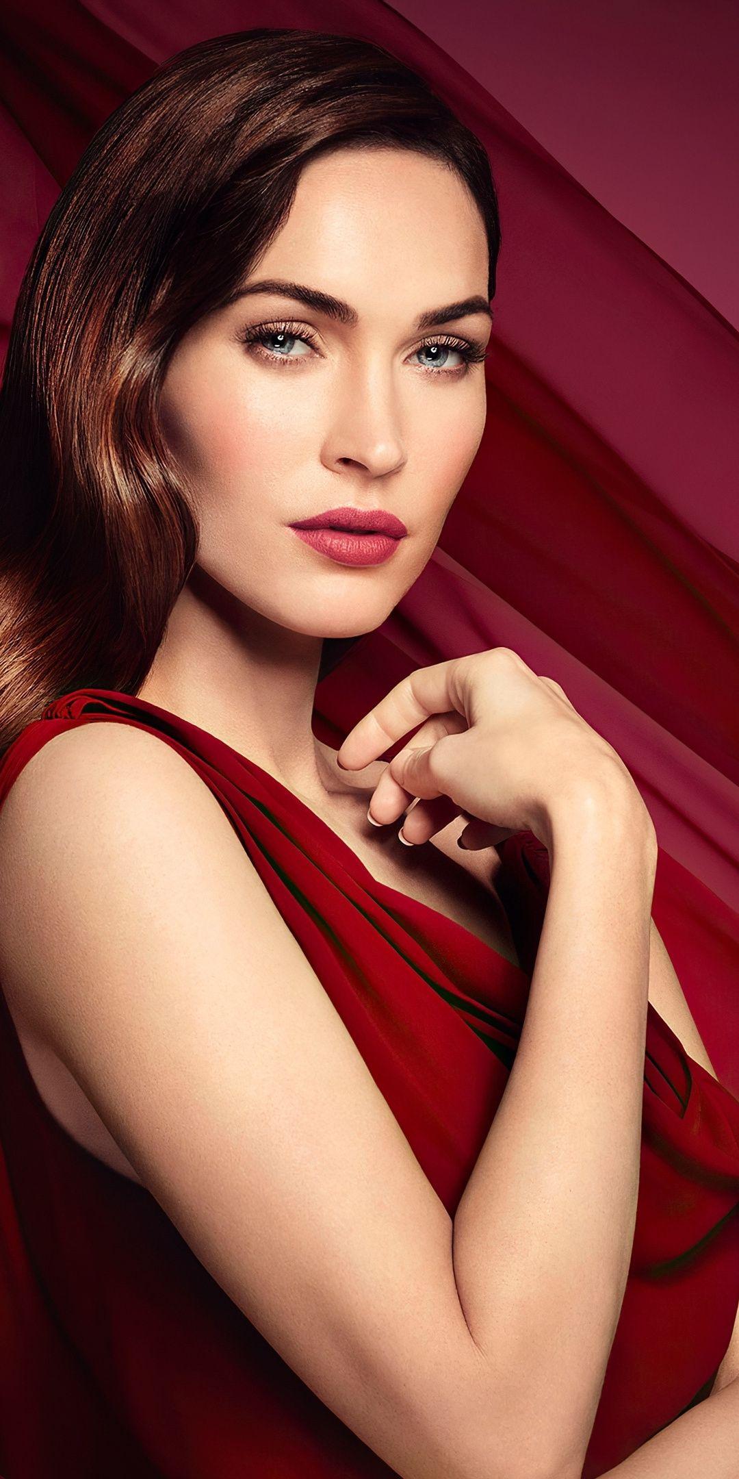 1080x2160 Megan Fox Red Dress 2020 Wallpaper In 2020 Megan Fox