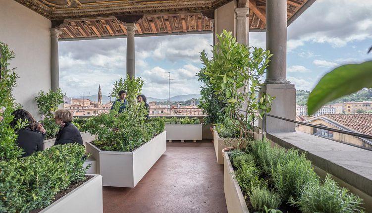 Firenze, maggio 2016: inaugurato un giardino pensile in Palazzo ...