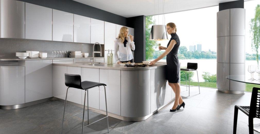 neue küchentrends 2016 inselküche in schwarz mit akzenten aus