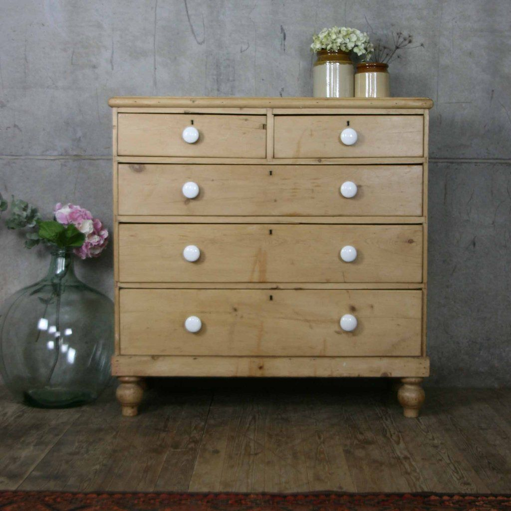 Victorian_rustic_pine_country_chic_chest_of_drawers