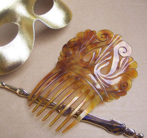 Antique hair comb Victorian carved natural by ElrondsEmporium, $45.00