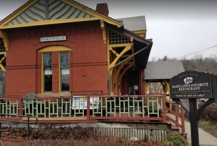 This Historic Maryland Train Depot Is Now A Beautiful Restaurant Right On The Tracks Train Depot House Styles Train