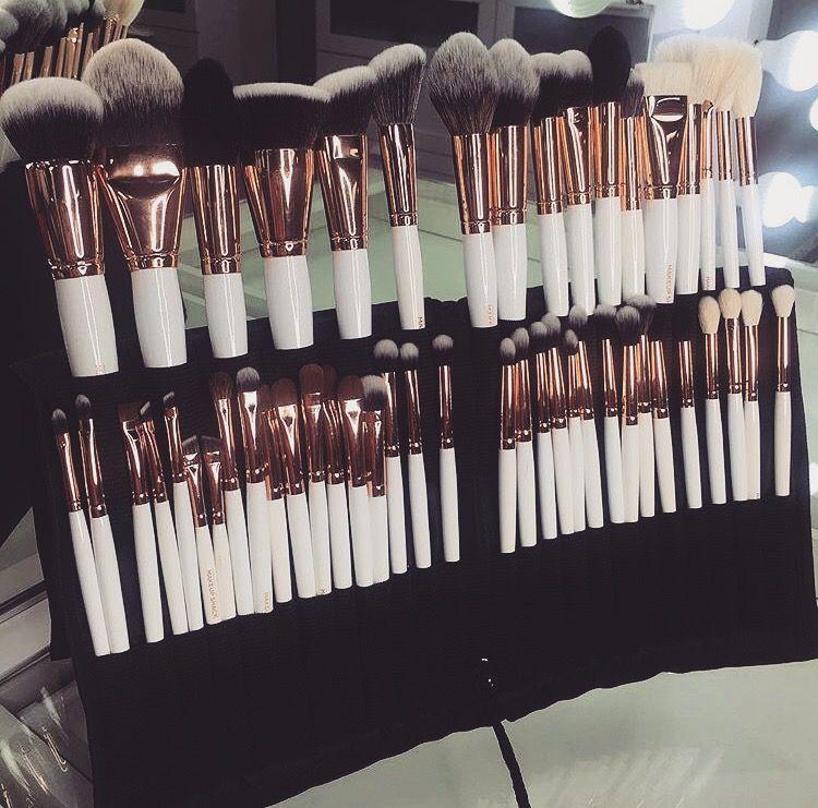 The Makeup Shack Brushes Makeup shack, Artistry makeup